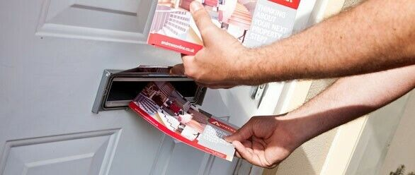 Leading Leaflet/Brochure distibution company requires Part-time  distributors