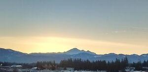 2 Bdrm Condo w/ Mt. & City Views!
