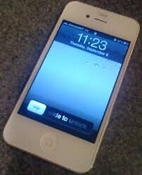 Selling Unlocked iPhone 4 - White - Screen in good condition (no scratches)