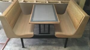 Restaurant style table
