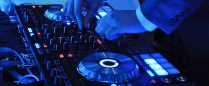 Brisbane Experienced Wedding & Party DJ Service Hire
