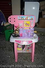 Barbie Play Centre - B