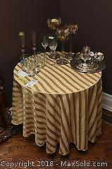 Display Table With Cloth C