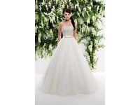 Stunning Ronald Joyce Wedding Dress
