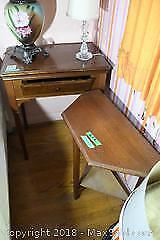 Singer Sewing Machine with Table and Side Table E