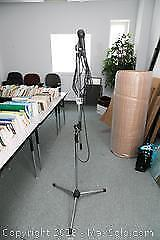 Mic Stand A