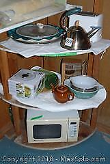 Small Appliances and Kitchenware B