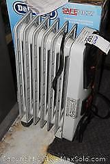 DeLonghi Electric Oil Heater B