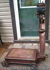 Gurney Grain Weigh Scale with Weights
