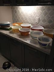 Large Lot Of Mixed Pyrex Pieces 13 In Total