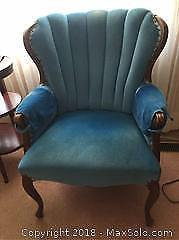 Tulip Back Wing Chair C