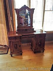 Vintage Dressing Table and Mirror. C