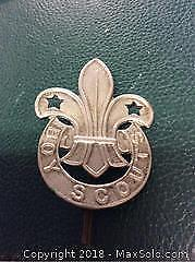 Early Boy Scout Hat Badge