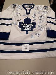 22 Autographed Toronto Maple Leafs XL CCM Jersey - B
