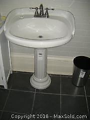 Pedestal Sink C