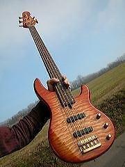 Basse Yamaha BB5  ***  5 Cordes  ***