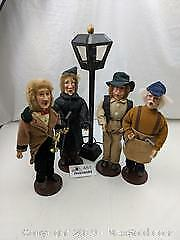 Wooden Carolers and Lamp Post