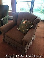 Colonial Style Chair -B