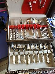 Large set of Rogers Bros silver plate cutlery in box