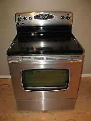 Stainless Smooth Top Stoves $450 to $590 ***  USED SALE!! Stoves $290 / Self Clean Stove $300 / USED SALE @ 9267 - 50 St