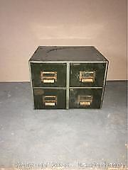 1 Metal Unit With 4 Drawers