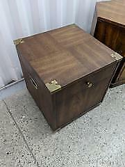 Side table with storage Pick up Cat A