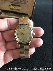 Vintage Mens Swiss Mido Multiford Watch