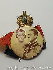 Vintage brooch Celebrating Queen Elizabeth I and King George 6