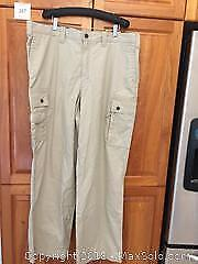 Brand New Men's Eddie Bauer Casual Cargo Pants Size 40 Tall