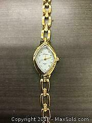 Elegant Womens Gold Tone Lupas Watch