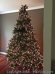 9 Foot Pre-Lit Artificial Christmas Tree with Stand