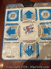 Nintendo Wii Konami Mat And Game
