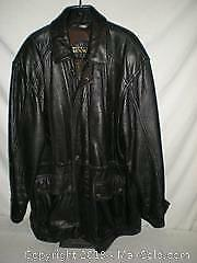 4a9eaa97317 Mans leather Jacket by Danier Size Large