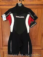 Ladies Sea-Doo Wetsuit Size 11/12. New with tag.