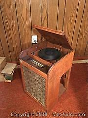 Sparton Radio Turn Table