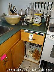 Older Food Processor Scale And Bowl A