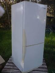 """Fridge/freezer, 420L Westinghouse Frost-free """"Upside Down"""". Good Hamlyn Terrace Wyong Area Preview"""