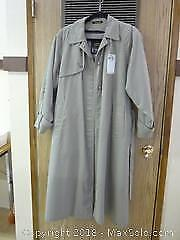 Vintage London Fog Tempo Europa Raincoat -A