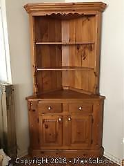Corner cabinet With Top Shelf A