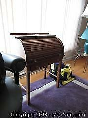 Child Size Roll Top Desk A