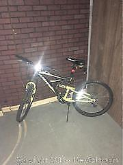 Very Good Condition Mountain Bike With Shocks