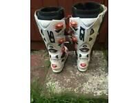 Sidi crossfire 2 size 9 motocross boots