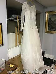 Davids Bridal Wedding Dress