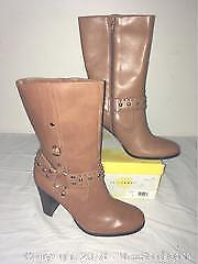 Yellow box Womens Leather Boots