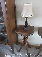 Antique Table With Lamp C