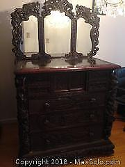 Very fine antique Japanese hand carved dragon chest of drawers and mirrors. Meiji period 1868-1912