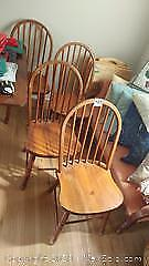 4 wooden chairs A