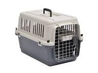 Pet travel box, rigid plastic, 48 cm long suitable for cat, small dog or rabbit