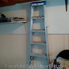 5 Foot Aluminum Ladder