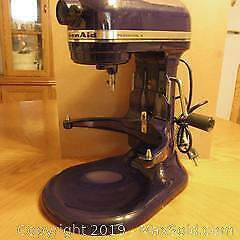 Kitchen Aid Professional 6 stand up mixer. 120 volts, 521 watts, U.S.A. made.